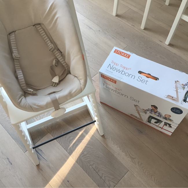 Mahlzeit familienessen mit baby und hund werbung der blog f r regenbogenfamilien - Hochstuhl tripp trapp mit tisch ...