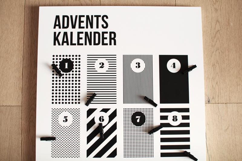 07_Adventskalender-schwarzweiss