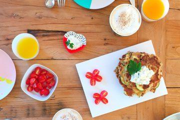 Herzhaftes Frühstück: Pfannkuchen Rezept (mit Zucchini und Parmesan)