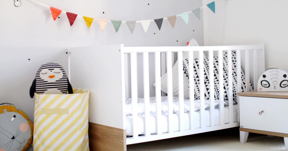 bei uns zu hause unsere kinderzimmereinrichtung ein rundgang der blog f r regenbogenfamilien. Black Bedroom Furniture Sets. Home Design Ideas