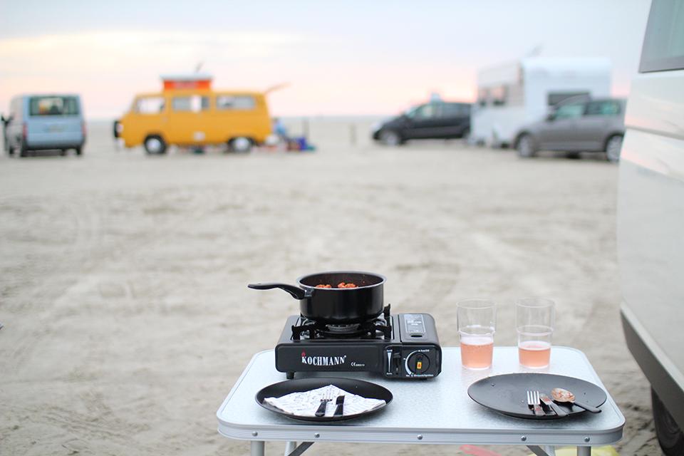 Abendessen am Strand von Sankt Peter Ording