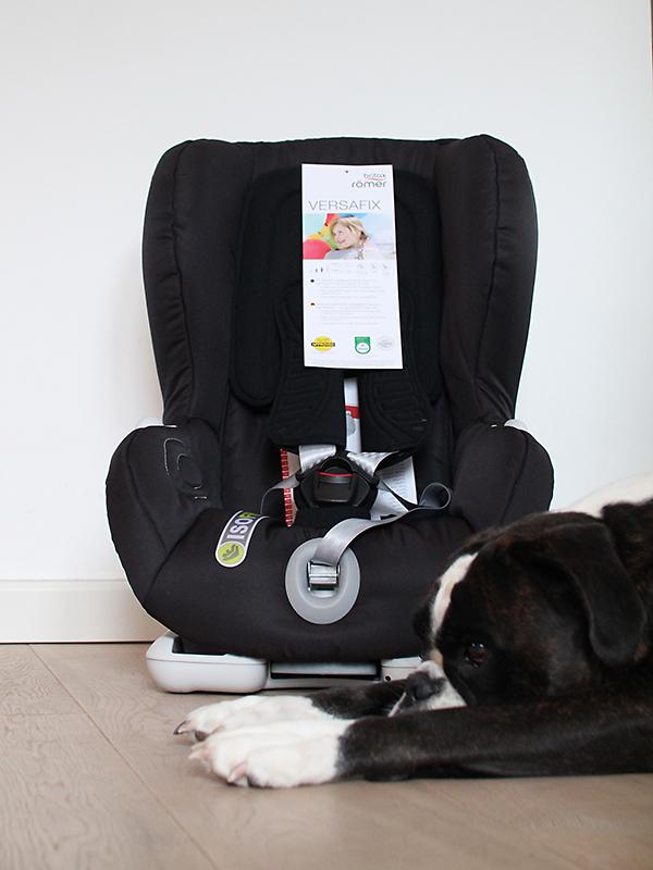 06_Flexibler-Kindersitz-Auto