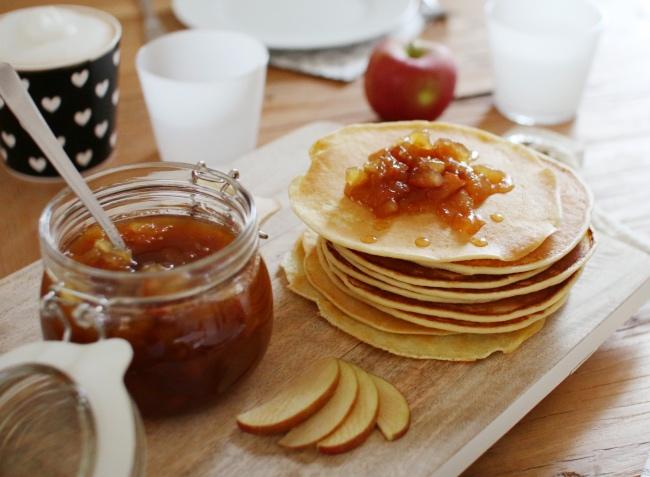 Rezept: Apfelpfannkuchen mit Zimt - lecker und einfach!