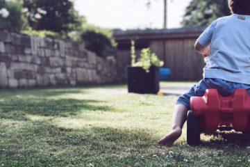 Spielzeug für den Garten - 7 Spielideen für den Garten mit Kindern