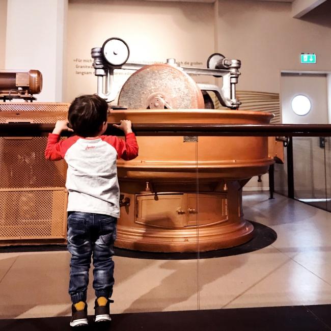 Wie entsteht Kakao Fabrik Hamburg Chocoversum