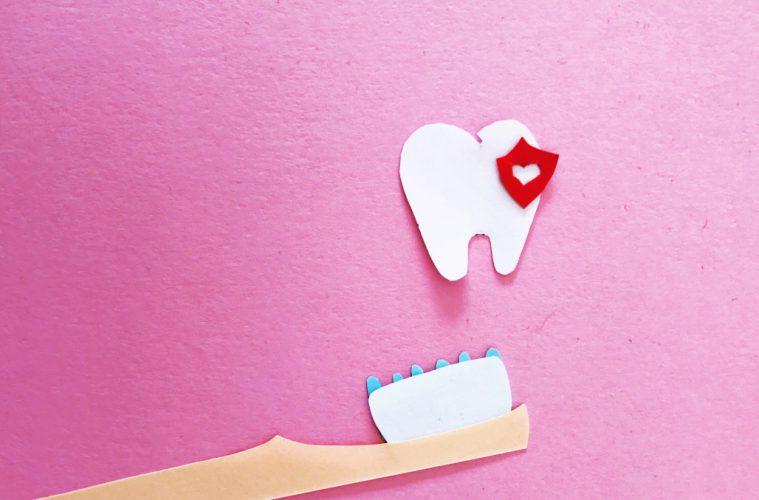 Zähneputzen bei Kleinkinder - Tipps & Tricks für gesunde Milchzähne - Tag der Zahngesundheit
