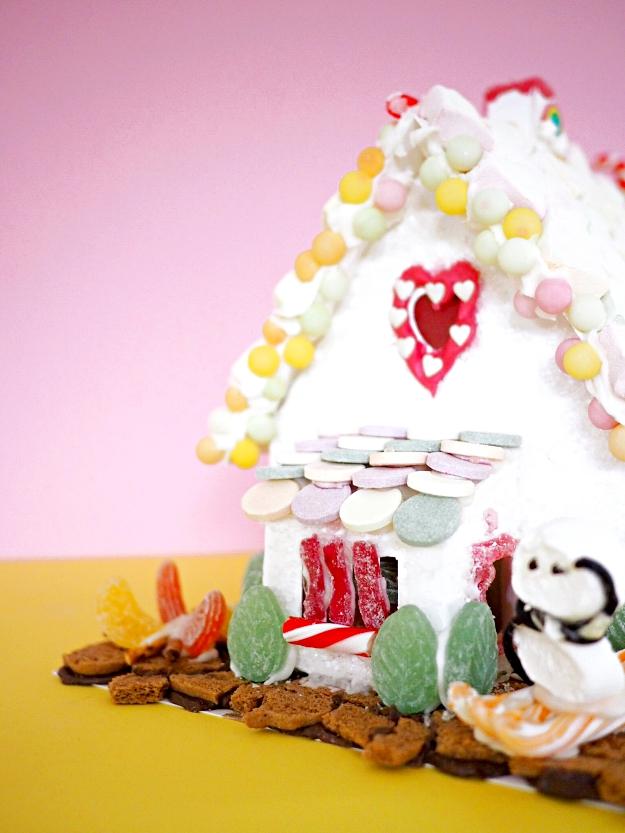 regenbogen lebkuchenhaus dekorieren anleitung mit vielen ideen der blog f r regenbogenfamilien. Black Bedroom Furniture Sets. Home Design Ideas