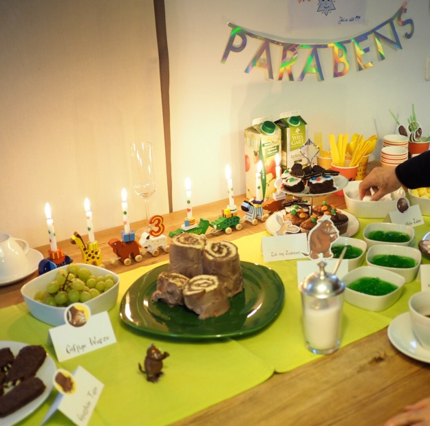 Kindergeburtstag Grüffelo Kuchen glutenfrei