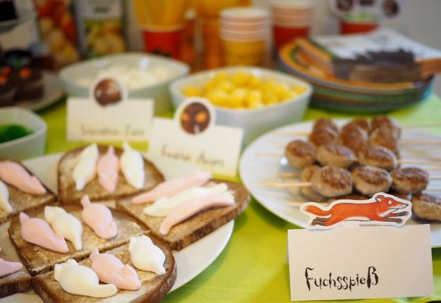 Kindergeburtstag mottoparty gr ffelo ideen rezepte der blog f r regenbogenfamilien - Mottoparty ideen ...