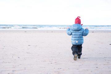 Wie ziehe ich mein Kind im Winter an? Die richtige Winterjacke kaufen - Ratgeber mit vielen Tipps