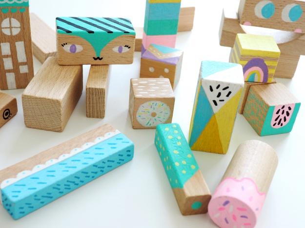 Bausteine anmalen Bauklötze basteln mit Kindern Kinderzimmer DIY