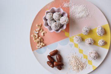 Energiekugeln mit Datteln Rezept gesunde Energy Balls