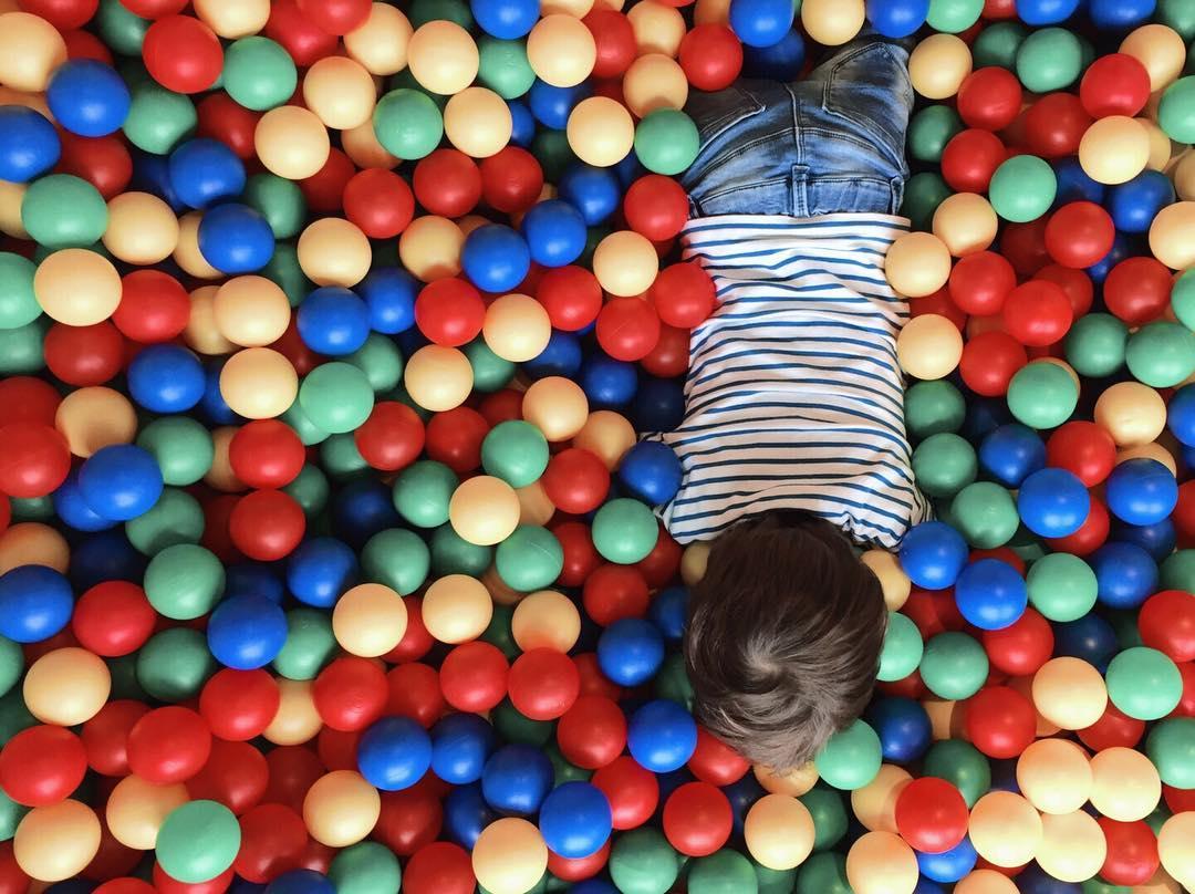 Die richtige Betreuung hilft um mehr Bewegung für Kinder zu bieten