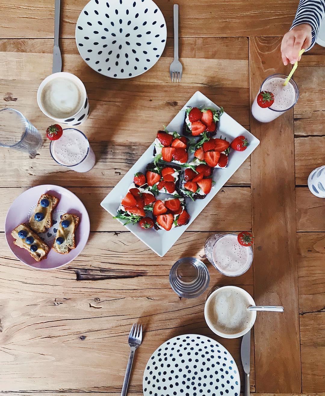 Frühstück mit Kindern Ideen für mehr Bewegung im Alltag