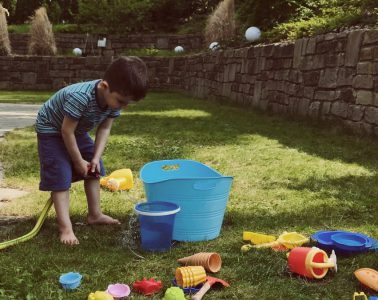 Spielzeug für den Garten - Sommer mit Kindern