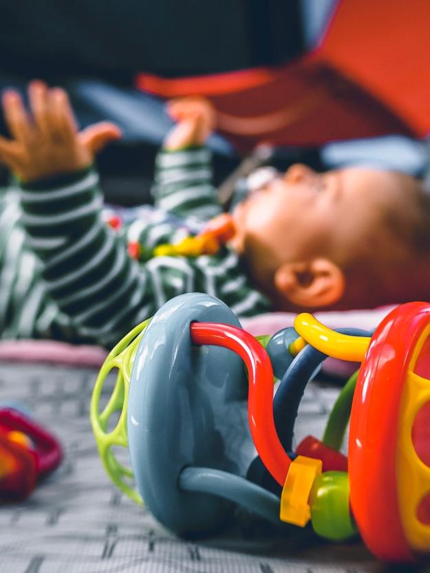 Camping mit Baby im Zelt - campen in Portugal
