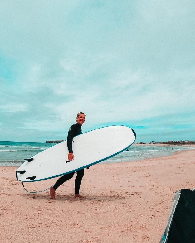 Surfen mit Kindern in Portugal
